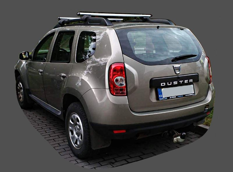 dacia-duster-compact-suv-2009-back-view.jpg