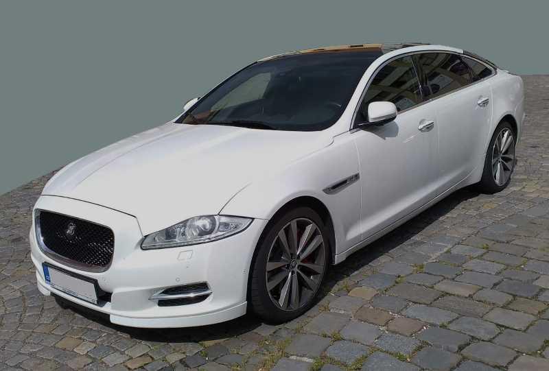 jaguar-xj-series.jpg