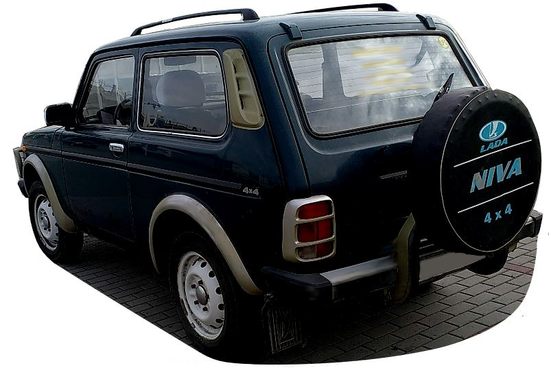 lada-niva-4x4-back-view.jpg