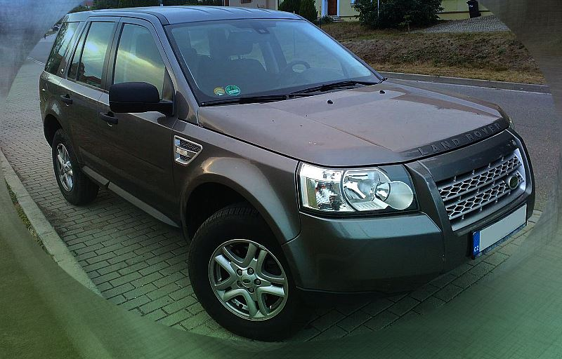 land-rover-freelander-2-front-side-view.jpg
