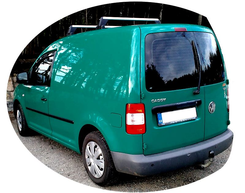 volkswagen-caddy-3-generation-back-view.jpg