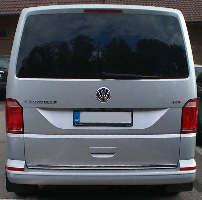 volkswagen-caravelle-phase-ii-back-view.jpg