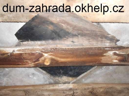 eternitova-sablona-oprava-zasunuti-hlinikove-folie-pod-sablonu-stresni-krytiny-2.jpg