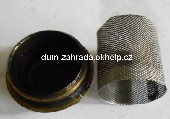 filtr-obehoveho-cerpadla-demontaz-2.jpg