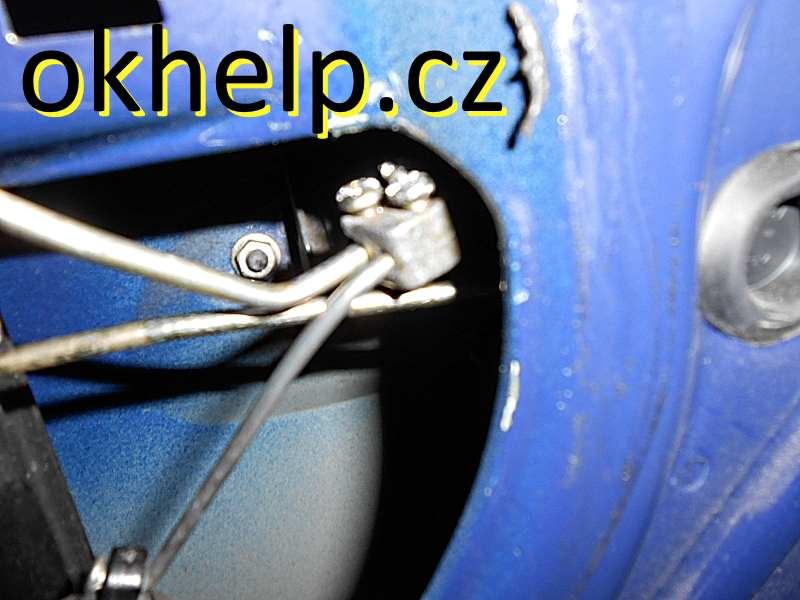 renault-clio-II-zamek-dveri-poloha-kostky-na-tahlech.jpg
